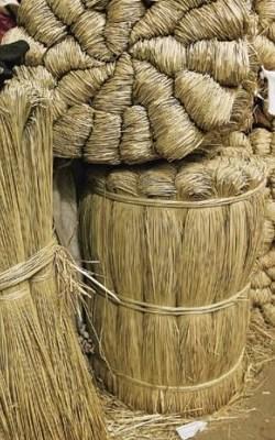 日本人喜用蔺草编织品作为室内装饰和睡眠