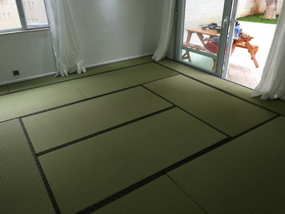 Japanese Moisture-proof Tatami size 60mm.<br />January, 2016